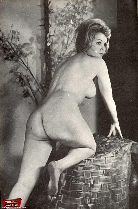 vintage classic porno Tags: classic, masturbation, retro, small tits, vintage.