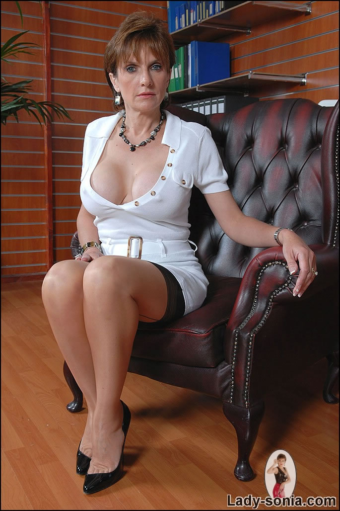 Hot mature russian lady and boy
