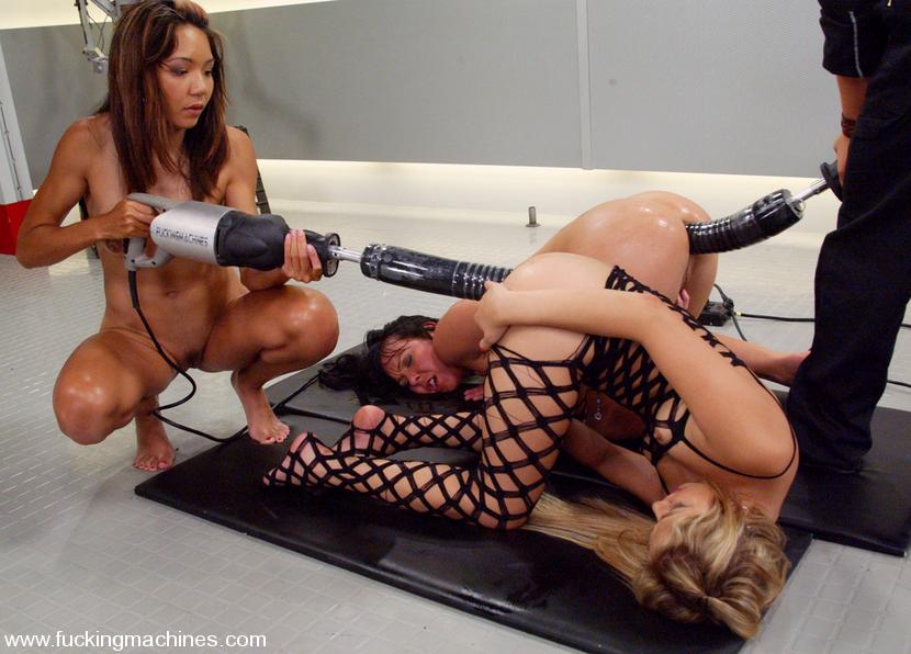 Порно видео роликм секс машины