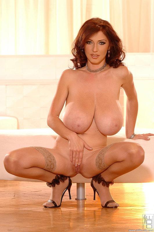 Порно фото женщин с большими грудями