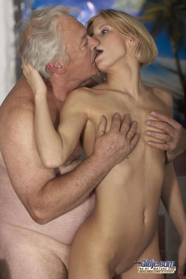 Young lady sex old man