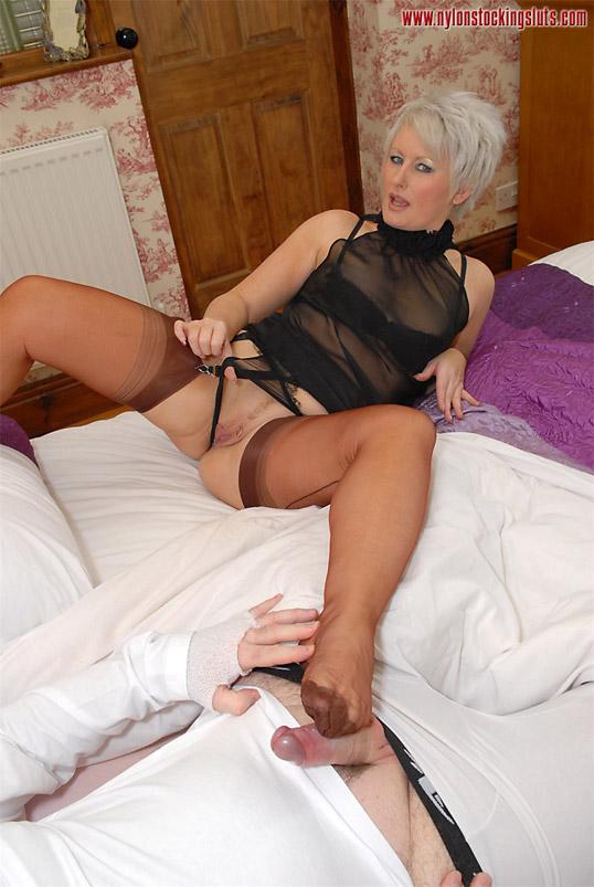 Women having nylon sex