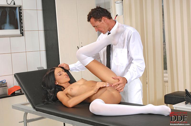 фото на приеме у врача секс