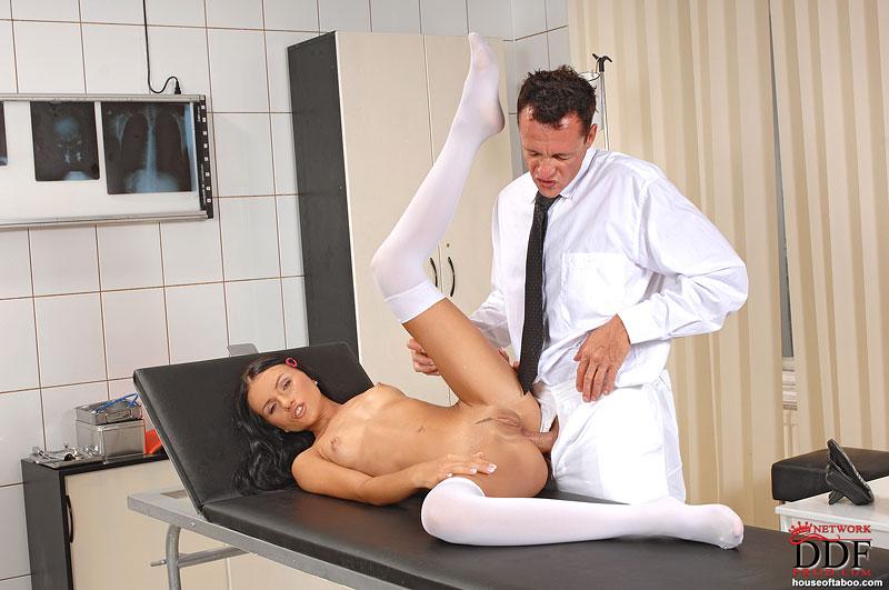 У врача на приме порно видео
