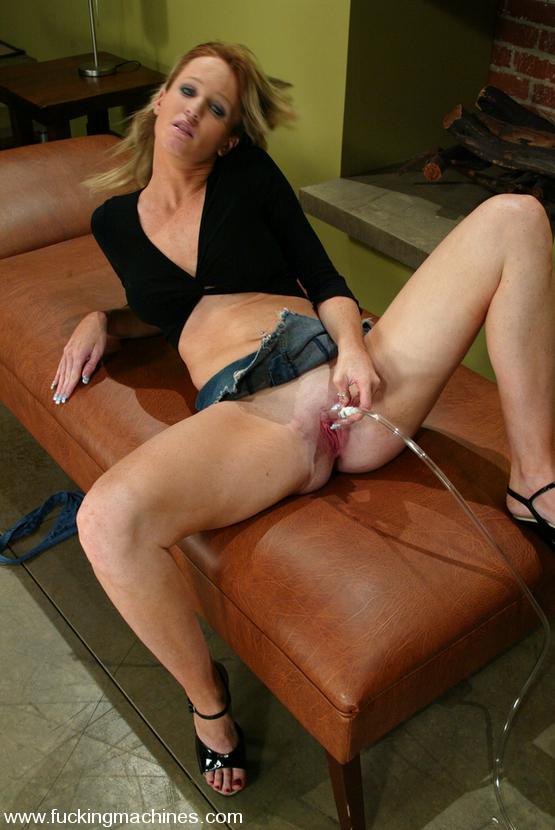 Hot girls love to get their pussy fucked - Unique Bondage - Pic 1