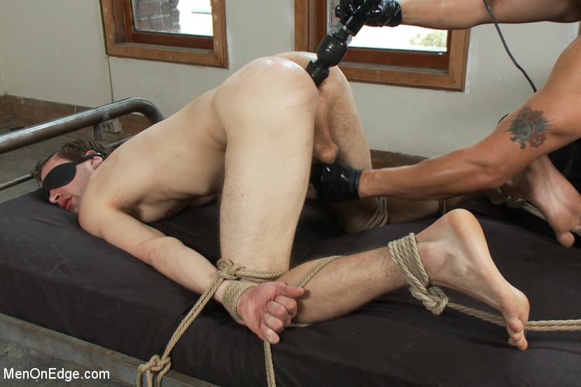 Пытка Порно Жесткое Гей Секс Игрушки