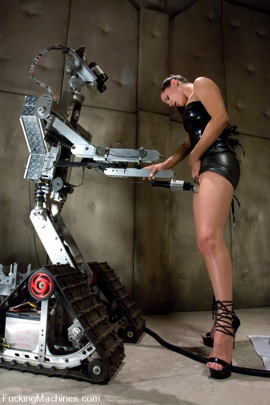 Порно с машиной робот фото 501-3