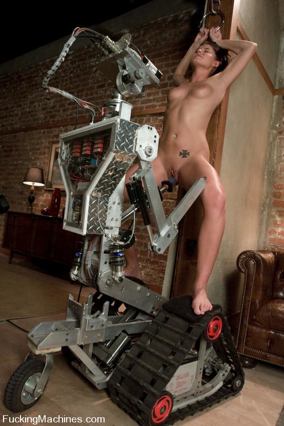 seks-s-mehanicheskim