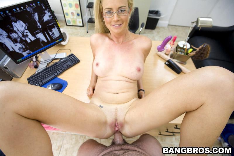 порно кастинг милф