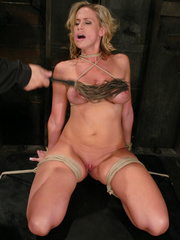 Slave porn. Hot MILF with HUGE nipples, gets - Unique Bondage - Pic 6