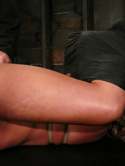Slave porn. Hot MILF with HUGE nipples, gets - Unique Bondage - Pic 10