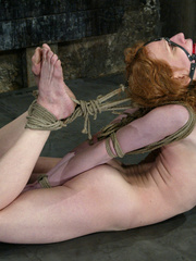 Bdsm sex. Sye Rena's hard toned, flexible - Unique Bondage - Pic 2