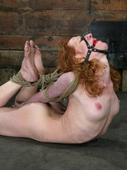 Bdsm sex. Sye Rena's hard toned, flexible - Unique Bondage - Pic 3