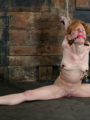 Bdsm sex. Sye Rena's hard toned, flexible - Unique Bondage - Pic 8
