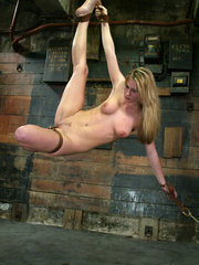 Bdsm xxx. 69 minutes of Harmony tied up - Unique Bondage - Pic 11