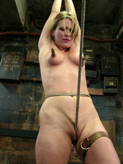 Bdsm xxx. 69 minutes of Harmony tied up - Unique Bondage - Pic 14