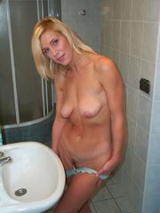 Nylon porn. Linda tied at home - 950 private - Unique Bondage - Pic 4