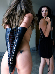 Slave girls. Princess Donna trains slave - Unique Bondage - Pic 4
