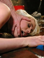 Female humiliation. Testing Lorelei Lee's - Unique Bondage - Pic 1