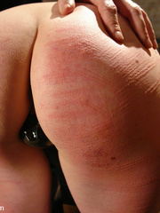 Female humiliation. Testing Lorelei Lee's - Unique Bondage - Pic 3
