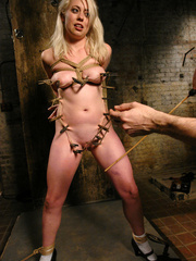 Female humiliation. Testing Lorelei Lee's - Unique Bondage - Pic 5