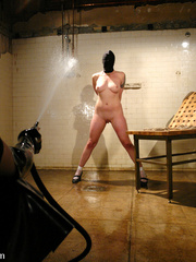 Female humiliation. Testing Lorelei Lee's - Unique Bondage - Pic 9