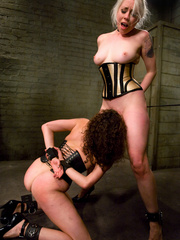 Hard fucked. Princess Donna and Lorelei - Unique Bondage - Pic 5