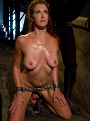 Bondage. Hot Redheaded slave girl trained to - Unique Bondage - Pic 1