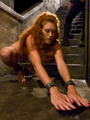 Bondage. Hot Redheaded slave girl trained to - Unique Bondage - Pic 2
