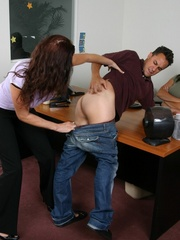 Strap on porn. Man gets spanked and fucked - Unique Bondage - Pic 4