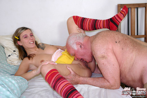 Xxx hardcore. Grandpa fucking the food d - Picture 6