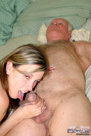 Xxx hardcore. Grandpa fucking the food d - Picture 13