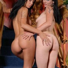 Hot lesbian. Horny lesbians fucking with - Unique Bondage - Pic 4