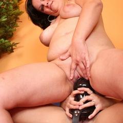 Strap on. Lesbians fuck big strap ons. - Unique Bondage - Pic 8