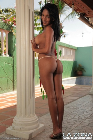 Latina galleries. Karina could not wait  - XXX Dessert - Picture 10