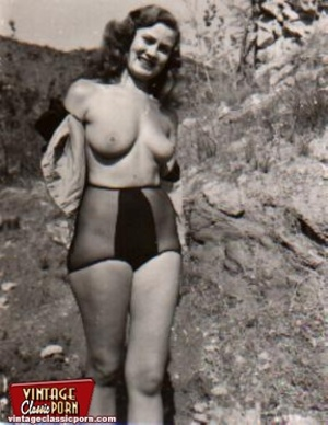 Vintage classic porn. Sexy vintage ladies showing their nude body in ...: xxxdessert.com/xxxpics/vintageclassicporn/sexy-vintage-ladies-showing