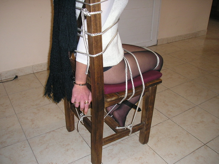Bondage. Beauty gets bound to her chair. - Unique Bondage - Pic 10