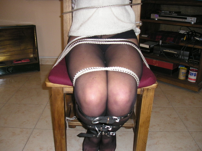 Bondage. Beauty gets bound to her chair. - Unique Bondage - Pic 12