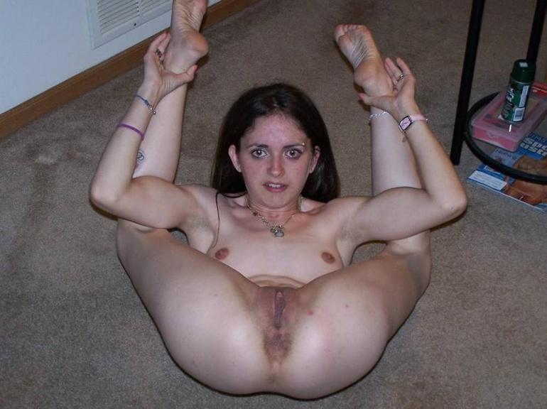 Slave girls. Broken on the bed. - Unique Bondage - Pic 8