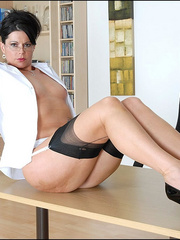 Girls in stockings. Mature leggy office - Unique Bondage - Pic 11