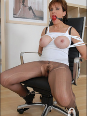 Mature. Lady sonia bondage. - Unique Bondage - Pic 4