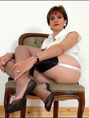 Horny mature. Mature feet in stockings. - Unique Bondage - Pic 9