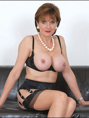 Mature female. Busty leggy milf in nylon. - Unique Bondage - Pic 2