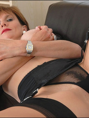 Mature female. Busty leggy milf in nylon. - Unique Bondage - Pic 10