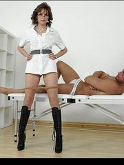 Mature sexy. Mature masseuse sonia. - Unique Bondage - Pic 12