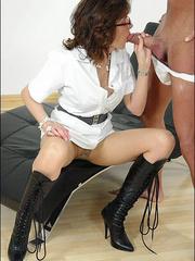Mature sexy. Mature masseuse sonia. - Unique Bondage - Pic 15