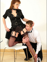 Female strap on. Young guy cums over milf. - Unique Bondage - Pic 5