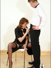 Female strap on. Young guy cums over milf. - Unique Bondage - Pic 10