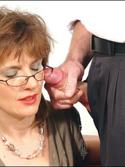 Hands sex. Mature blows office boy. - Unique Bondage - Pic 14