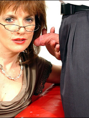 Hands sex. Mature blows office boy. - Unique Bondage - Pic 15
